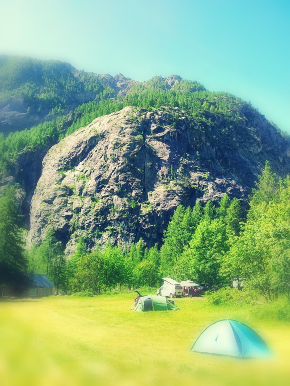 La Fissure d'Ailefroide vista desde el camping