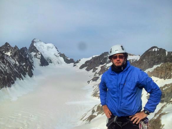 Una vista del glaciar Blanc, con la Barre al fondo